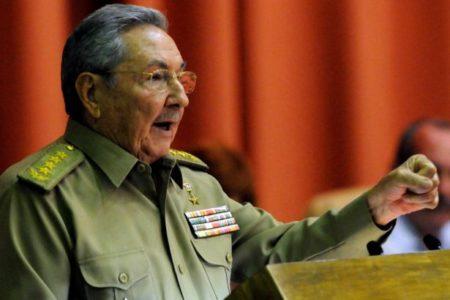 Raul Castro: Küba şimdi ya da gelecekte kapitalizme yönelmeyecek