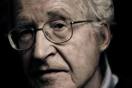 Chomsky: Trump'ın başkanlığı insanlığın geleceğini tehlikeye atıyor
