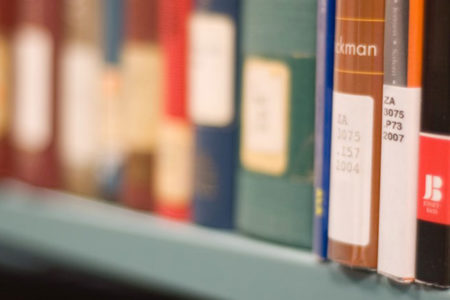 İhraç edilen akademisyenlerin 31 kitapta imzası bulunuyor