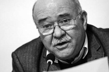 """Aydın Engin: """"Cumhuriyet yurttaşları kul olmayı utanç sayar"""""""