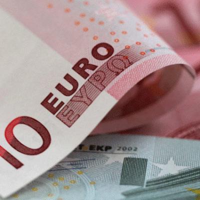 Euro'da tarihi zirve
