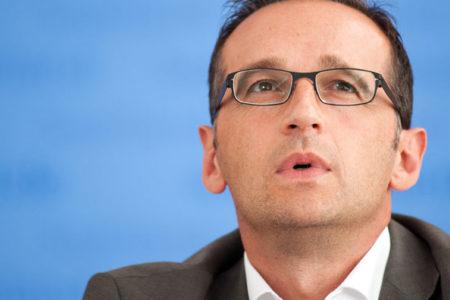 Almanya'da yabancı liderlere hakaret suç olmaktan çıkıyor