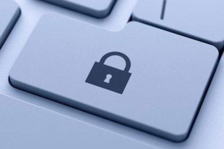 Dünya bunu konuşuyor: Tutukluya 'İnternet yasağı'na mahkumiyet