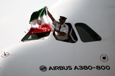 Ambargodan kurtulan İran, 38 yıl sonra ilk uçağını aldı