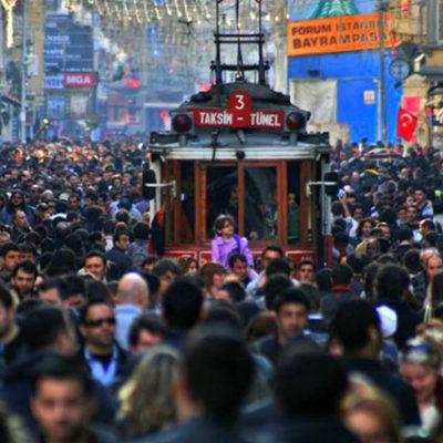 Vatandaşın yüzde 71'i 'ekonomik kriz var' diyor