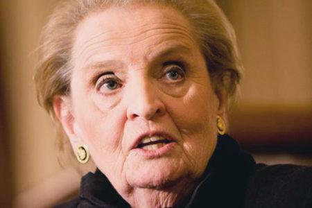 """Madeleine Albright: """"Müslüman olarak kayıt olmaya hazırım"""""""