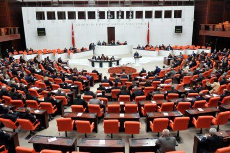 AKP'li vekiller, 'bireysel silahlanmanın araştırılmasını' istemedi