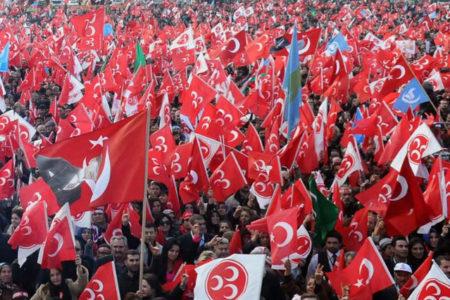 MHP'li muhaliflere verilen salon iptal edildi