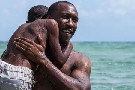 Oscar adayı Moonlight, 'Gay-Lezbiyen Eğlence ve Eleştiri Topluluğu' tarafından 170 yapım arasında yılın en iyi filmi seçildi