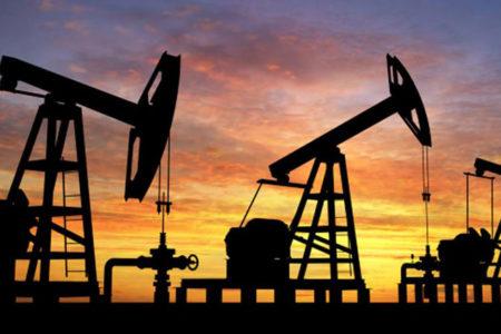 Petrol fiyatları altı ayın en düşük seviyesinde