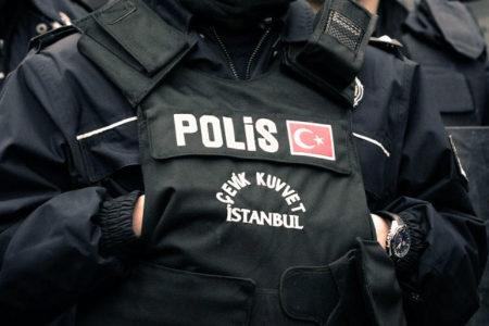 KHK ile ihraç edilenlerin açlık grevine polis saldırısı