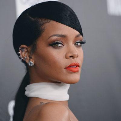 Rihanna, ayrılık acısı yaşayan hayranını tesselli etti: Kendinden keyif almaya bak