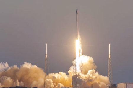 'Falcon 9' 70'ten fazla uyduyu Dünya yörüngesine taşıyacak