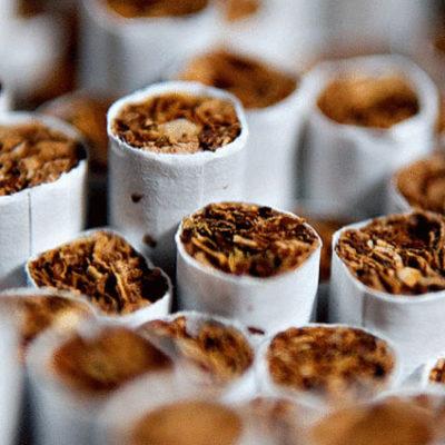 Sigara, kadınlarda erken menopoza sebep oluyor
