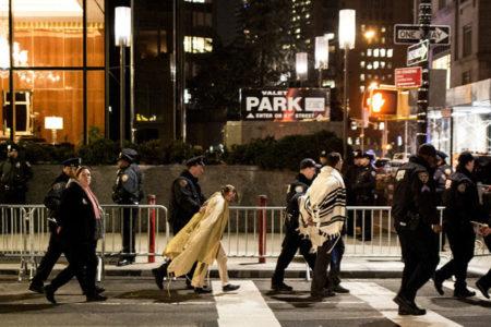 Trump'ın 'Müslüman yasağı'nı protesto eden 20 haham gözaltına alındı