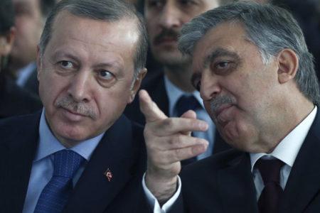 Erdoğan eski bakan ve vekillerle buluştu, Gül katılmadı