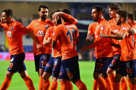 Başakşehir maç fazlasıyla lider: Medipol Başakşehir 2-1 Gençlerbirliği