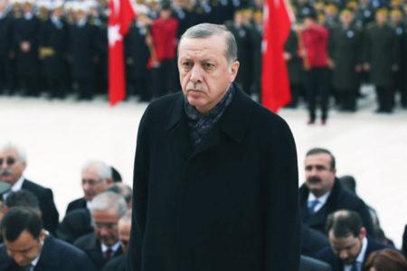 Erdoğan: Cumhuriyetimize hayat veren ruh, hamdolsun bugün de dimdik ayaktadır