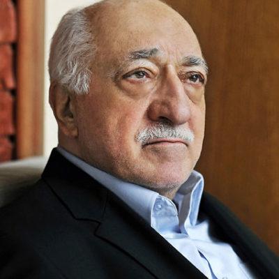 Yenişafak: Gülen, 100 yıl yaşamak için para döktü