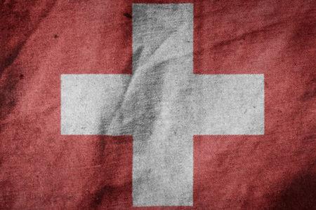 """İsviçre, göçmenlere daha kolay vatandaşlık hakkı verilmesine """"evet"""" dedi"""