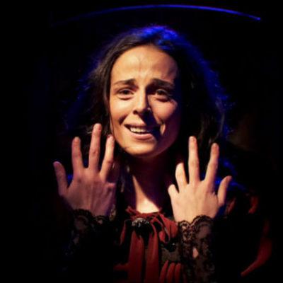 Genelev patroniçesi Manukyan'ın hikayesi tiyatro sahnesine taşındı
