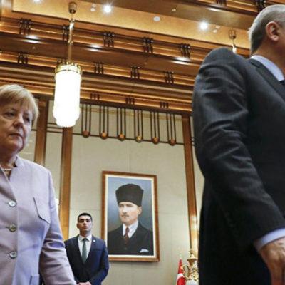 Merkel'den Erdoğan'a: İfade özgürlüğüne saygı duyulmalı