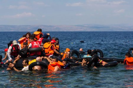 AB üyesi ülkeler, Akdeniz'deki mülteci sorununda uzlaşmaya vardı