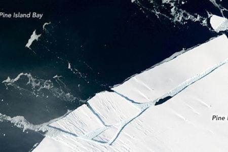 'Manhattan' büyüklüğünde bir buzdağı ayrıldı