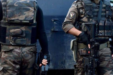 'Şaibeli referandum' protestolarına terör baskını