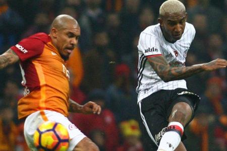 Üç puan ve avantaj Beşiktaş'ın: Galatasaray 0-1 Beşiktaş