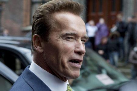 Arnold Schwarzenegger: Trump bana aşık