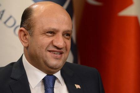 Milli Savunma Bakanı'ndan S-400 açıklaması: Görüşmeler sürüyor