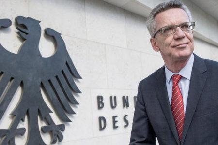 Almanya İçişleri Bakanı: Erdoğan'ın politikaları protesto edilebilir ancak PKK eylemlerine müdahale edilecek