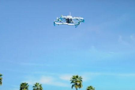 Amazon, insansız hava aracıyla ilk teslimatını yaptı
