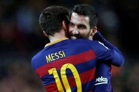 """""""Barcelona taraftarı Arda'yı sildi"""""""