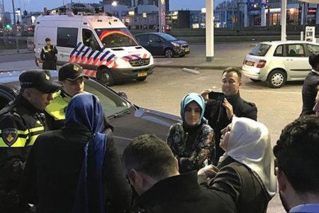 Hollanda'da yolu kesilen Bakan Sayan sınır dışı edildi