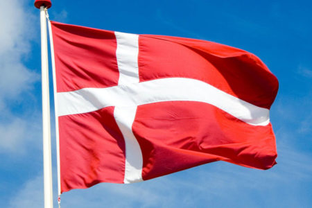Danimarka: Diyanet'in ülkemizdeki camilerinde 'politik mesaj içeren konuşmalar yapılabilir'