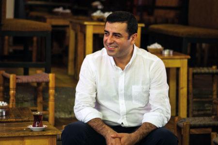 Demirtaş'tan Gülmen ve Özakça için destek mesajı