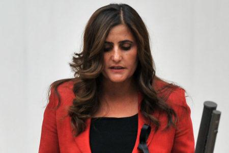 HDP Milletvekili Dilan Dirayet Taşdemir gözaltına alındı