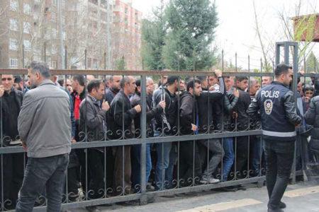Diyarbakır'da işsizliğin resmi: 5 bin kişilik işe 39 bin kişi başvurdu