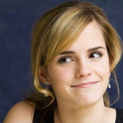 'Emma Watson, bu 10 feminist kitabı okumanızı gerçekten istiyor'