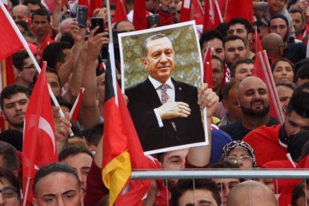 Alman Tagesspiegel gazetesi: Erdoğan'a Almanya vizesi verilmemeli