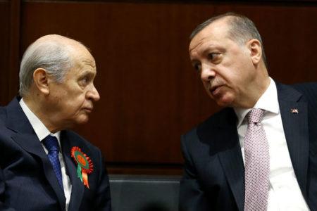 AKP'ye ulaşan anketler sonrası 'MHP alarmı' verildi