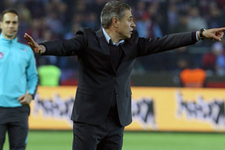 Yanal, Galatasaray galibiyetinin ardından kendi rekorunu kırdı
