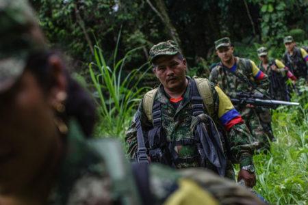 FARC, 14 bin silahı BM gözlemcilerine teslim etmeye başladı