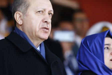 Erdoğan ısrarcı: Camilerimi yakıp yıkmadınız mı? Faşistsiniz faşist!