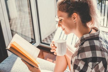 Kitap okuyanlar, TV izleyenlere göre daha fazla empati kuruyor