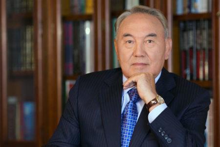 Nazarbayev, yetkilerini parlamentoya devrediyor