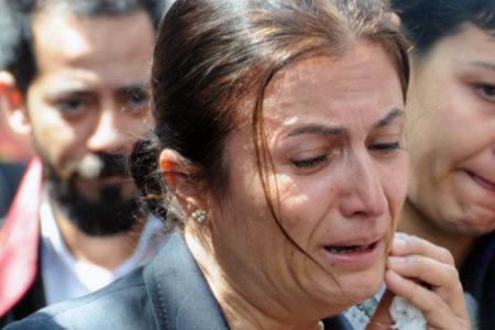 Türkan Elçi'den, Yeni Akit GYY'sinin ölümüne: Eşimin acı haberini 'al sana terör' diye vermişlerdi