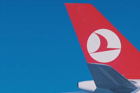 THY, ABD uçuşlarında business yolculara laptop dağıtımına başladı